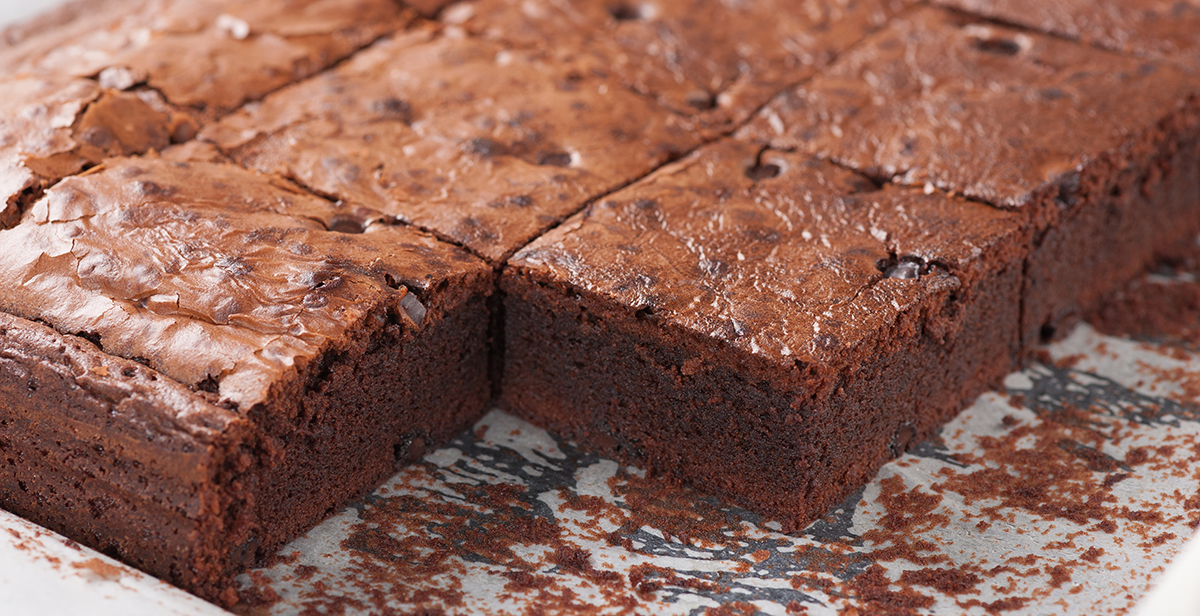 Fresh brownie in tray